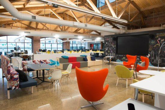 Arredamento per ufficio open space tutte le soluzioni per renderlo perfetto