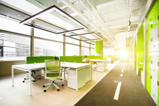 Arredamento per ufficio open space tutte le soluzioni per renderlo perfetto - mobili e complementi