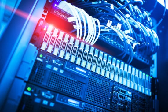 Come scegliere il server giusto caratteristiche e prestazioni
