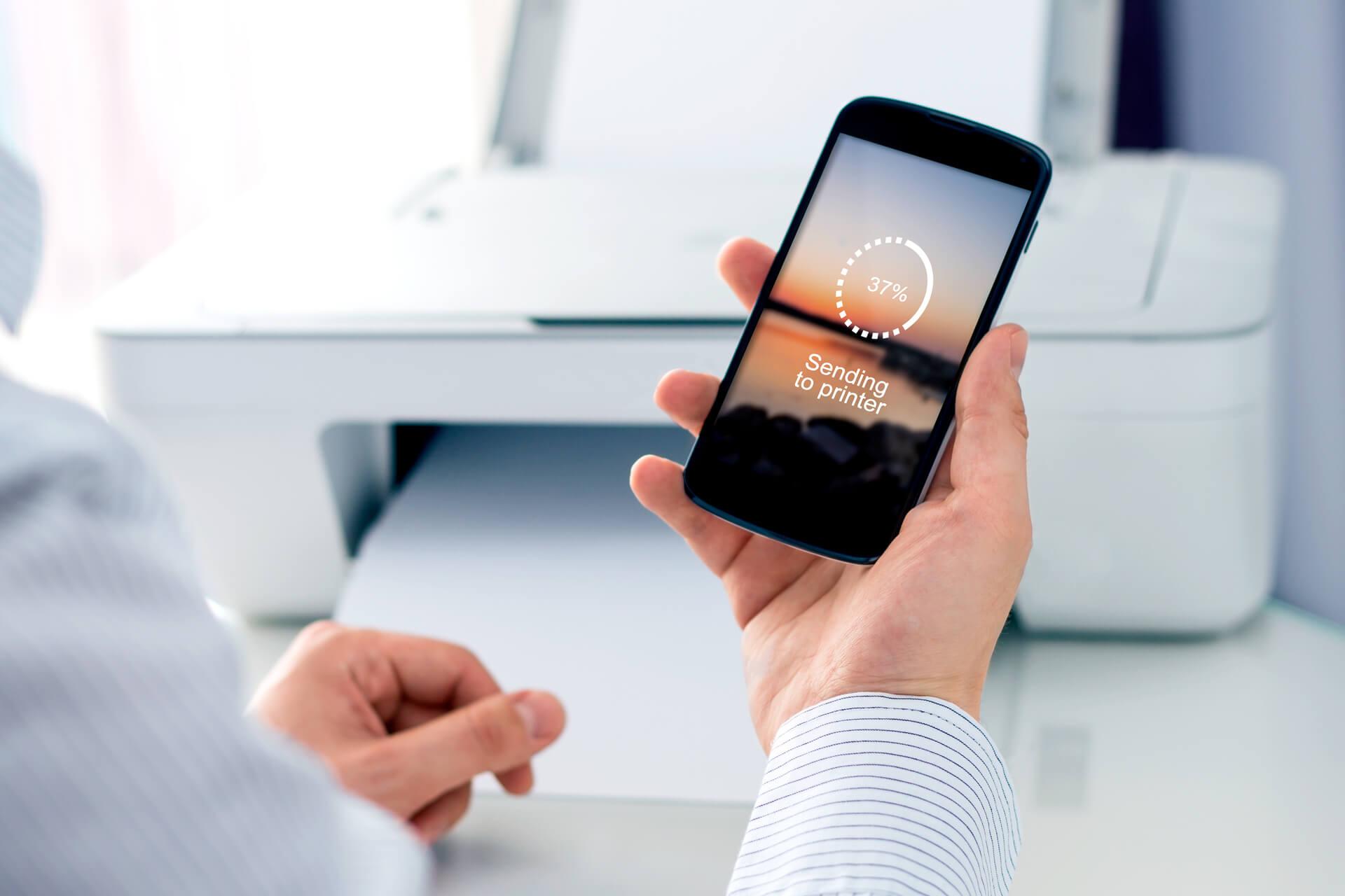 Stampare da cellulare in ufficio con Wi-Fi e non solo