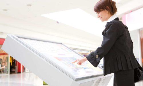 caratteristiche degli schermi touch interattivi di Sharp